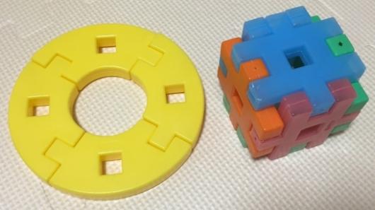 学研ニューブロックの円盤とサイコロ