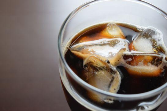 夏場には冷たいアイスコーヒーが増え、単価もアップ