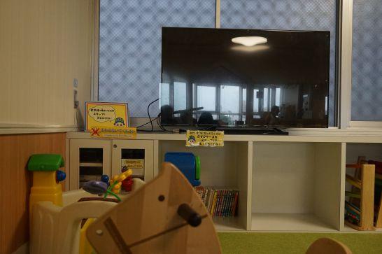 ドリームシアター岐阜の4階子どもエリアのテレビ