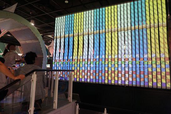 トヨタ産業技術記念館のテクノランドの機織りマシーン