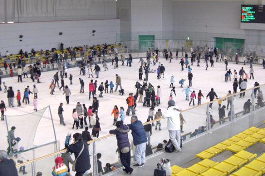 愛・地球博記念公園(モリコロパーク)のアイススケート場