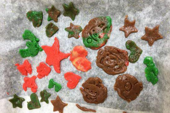 実際に幼児の子供達が作ったクッキー