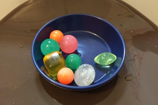 お風呂を楽しむ無料・格安おすすめグッズ7選:スーパーボール
